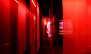 RED - A SPATIAL FILM INSTALLATION